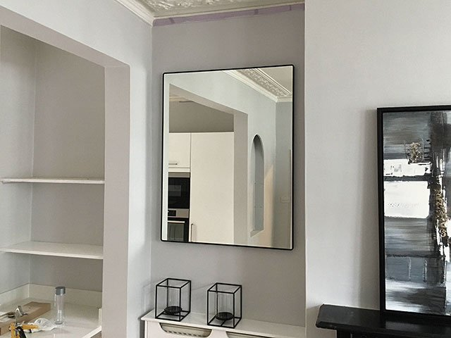 professional mirror wall mounting